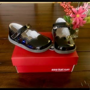 NEW SEE KAI RUN PATENT LEATHER MARYJANE SHOES 7.5